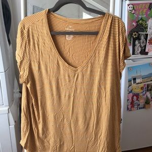 American Eagle Favorite Tee T-shirt striped Gold